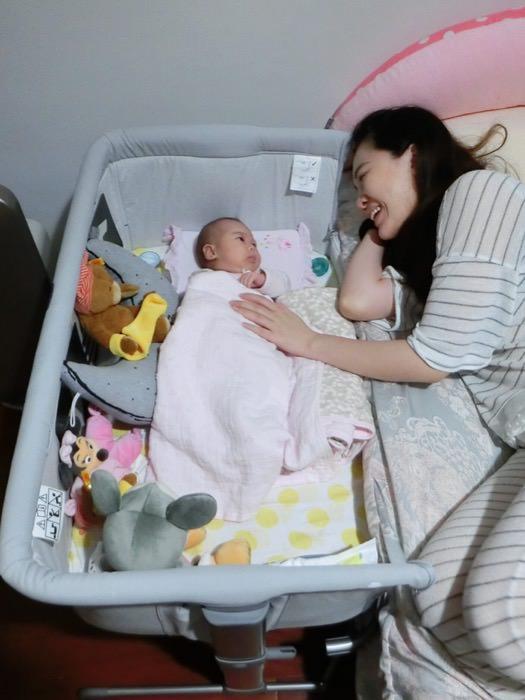 寶寶專屬的第一張小床♥Chicco Next 2 Me多功能移動舒適嬰兒床