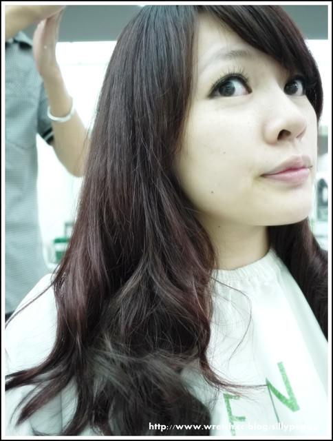 [髮型] 久違了!!高質感的水嫩秀髮:)