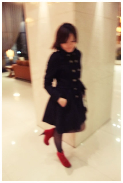 [穿搭日記] 紅靴女孩也要軍裝風