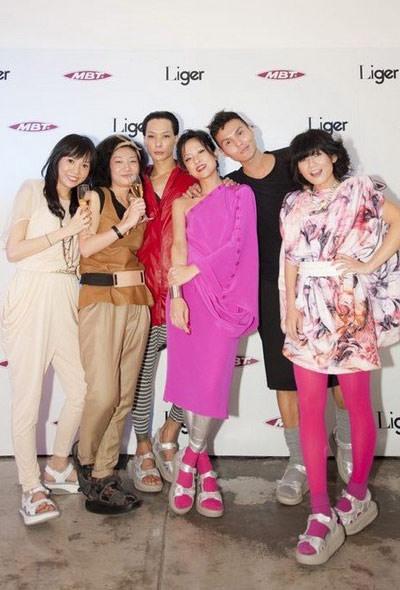 [穿搭] MBT♥♥香港潮流圈超瘋的健康時尚新美學